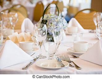 elegante, matrimonio, regolazione, festeggiare tavola
