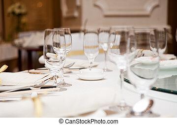 elegante, montaggio cena, tavola