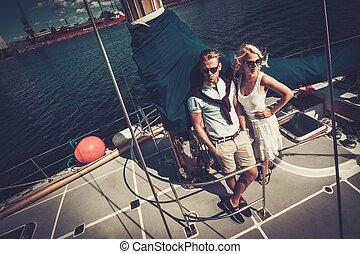 elegante, yacht, coppia, ricco