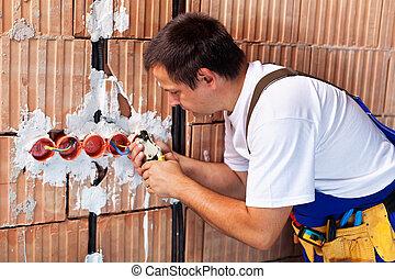 elektriker, arbeitende