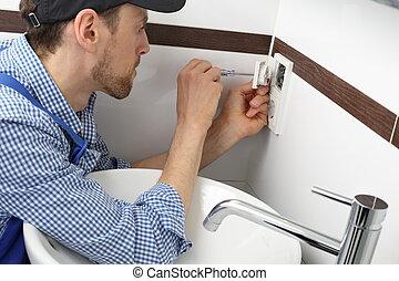 elektriker, skiftande, a, ledhåla, avlopp, in, badrum