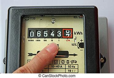 elektrische energie, meter, figuren, finger, zeigen