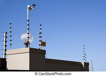 elektrisk, staket, och, säkerhet kamera, överst, gräns, vägg