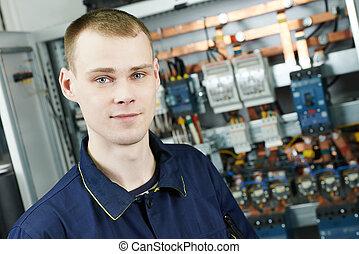 elektromonteur, arbeider, ingenieur