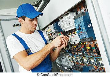 elektromonteur, arbeider, volwassene, ingenieur