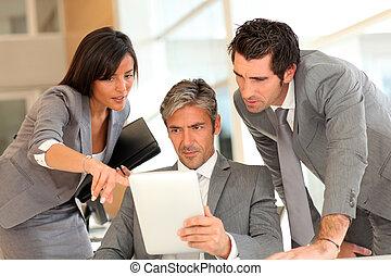 elektronický, setkání, povolání, tabulka
