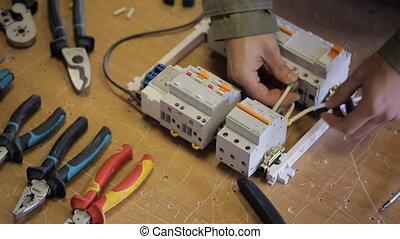 elektryczny, otwarcie, produkuje, do góry, hak, switchboard.