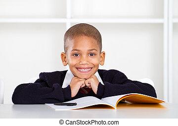 elementair, schattig, schooljongen