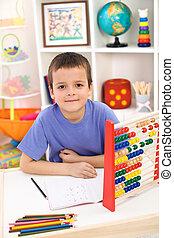 elementarny, chłopiec, szkoła, przygotowując