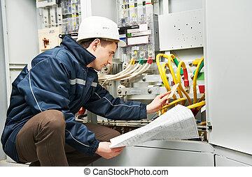 eletricista, verificar, cabling, linha poder