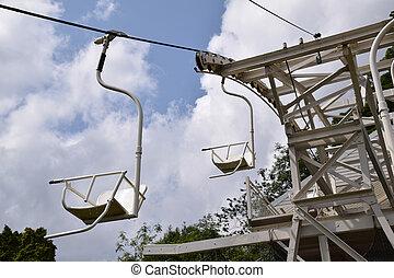 elevador cadeira, executando, despesas gerais, em, verão