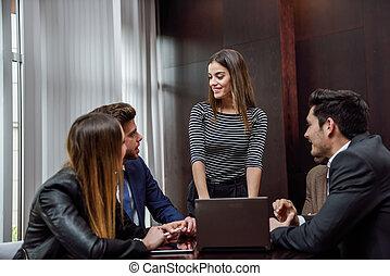 elfoglalt, csoport, multiethnic, hivatal emberek, dolgozó