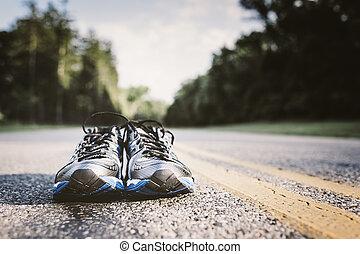 elhagyott, pár, közül, új, út cipő, igazságos, várakozás,...
