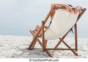 ella, acostado, silla, cubierta, mujer