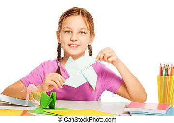 ella, mano, ventilador papel, colegiala, origami
