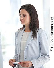 elle, équipe, présentation, femme affaires, écoute