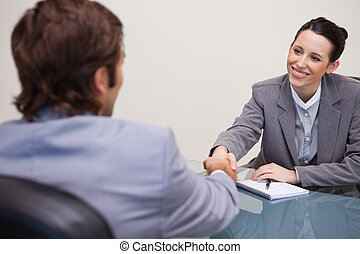 elle, accueils, femme affaires, bureau, client