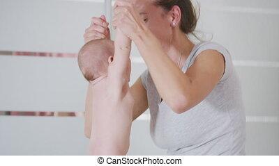 elle, child., nouveau né, famille, mère, tenue, jeune, poitrine, baby., home., alimentation