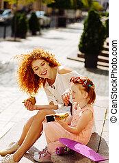 elle, enchanté, enfant, mère, positif, conversation, jeune