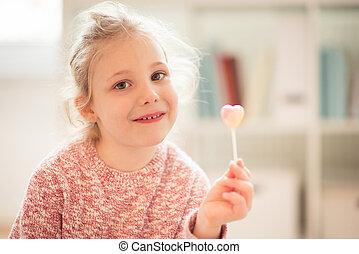 elle, main, lolipop, enfant, portrait, girl, heureux