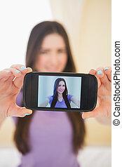 elle, mobile, photo, prendre, téléphone, girl, elle-même, heureux