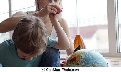 elle, pays, globe, exposition, jeune, fils, usages,...