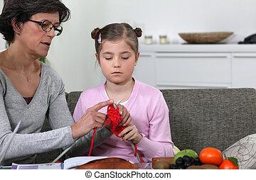 elle, petite-fille, grand-mère, comment, enseignement, tricotter