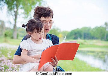 elle, petite-fille, parc, grand-mère, livre, redding