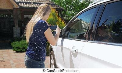 elle, photos, mobile, voiture, chauffeur, jeune, téléphone, ...