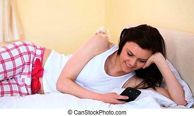 elle, texting, gai, lit, femme