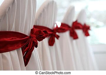 elnökké választ, esküvő