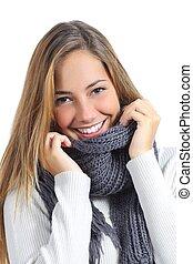 elzáródik, közül, egy, gyönyörű woman, mosoly, fárasztó, tél felöltöztet