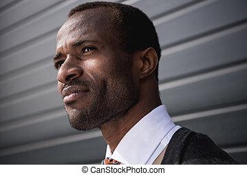 elzáródik, portré, közül, fiatal, african american, üzletember, szabadban
