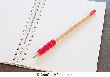 em branco, caderno, com, lápis, ligado, cinzento, fundo