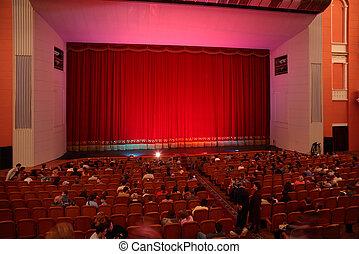 em, teatro