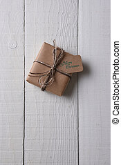 emballé, papier ordinaire, présent noël