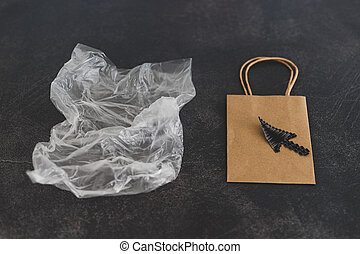 emballage, vs, matériels, sac, papier, soutenable, plastique, nature morte