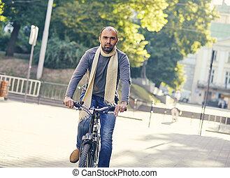 ember, elnyomott bicikli, szabadban