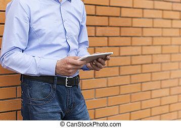 ember, hands., tabletta, digitális