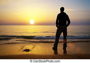 ember, képben látható, a, tengerpart