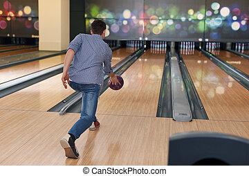 ember, közben, a, dobás, tekézés labda