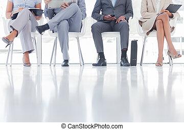 emberek, csoport, várakozás, ügy