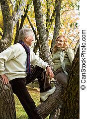 emberek, erdő, öregedő, két