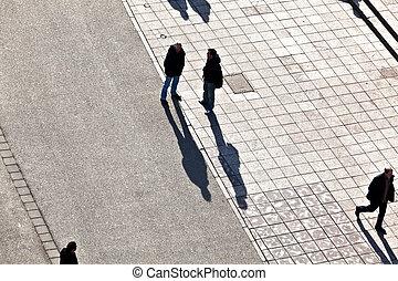 emberek jár, -ban, a, utca, noha, hosszú, shadows