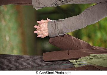 emberek, két, hatalom kezezés
