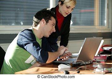 emberek munka, alatt, egy, hivatal