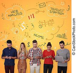 emberek, noha, digitális, berendezés, képben látható, sárga háttér