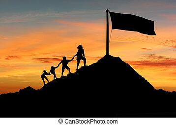 emberek, segítség each más, fordíts, elér, tető, közül, a, állvány