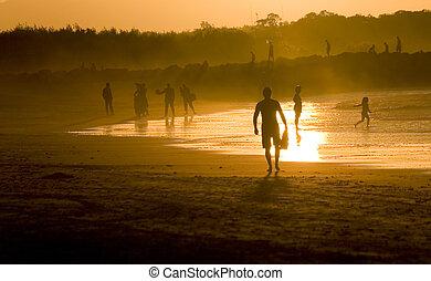 emberek, tengerpart