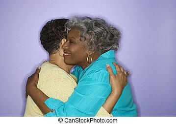embracing., mujeres